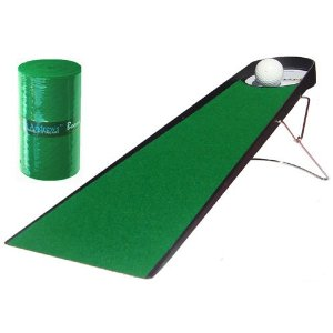 Boomerang Putting Mat